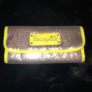 Betseyville bag carrying case purse organizer